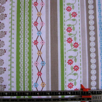 New Quilting fabric BY the YARD, Riley Blake Designs, Polka Dot Stitches Green Stripe,100% Cotton, by Lori Holt of Bee in My Bonnet