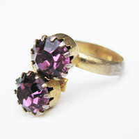 Vintage Rhinestone Ring, Amethyst / Vintage Engagement Ring - Bague de Strass.