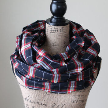 Black and Red Plaid Scarf, Infinity Scarf, Winter Scarf, Womens Scarf, Mens Scarf, Chunky Scarf, Valentine's Day Gift