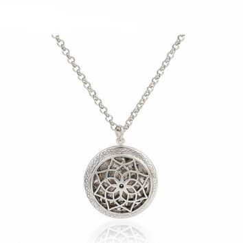 Flower Of Life Hollow Locket Pendant Aromatherapy Essential Oil Diffuser Necklace Random Send 5pcs Oil Pads as Gifts