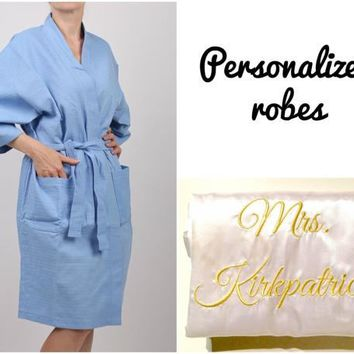 Personalized waffle robe -- Monogrammed bathrobe -- Gift for bridesmaid -- Bridal Party robe --  SPA robe -- Waffle robe -- Cotton robe