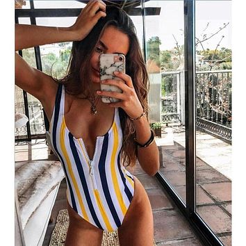 2019 Striped Swimwear One Piece Swimsuit Women Backless Monokini Swimsuit Sport Bodysuit Beach Bathing Suit Swim Red White