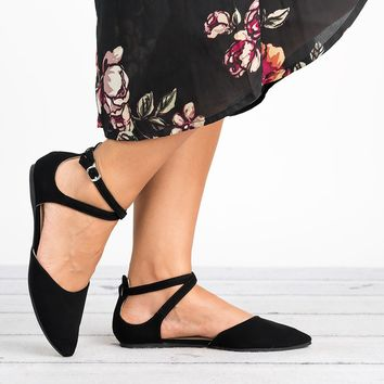 Strappy Pointed Toe Flats - Black