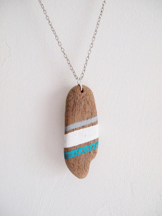 Driftwood Necklace, blue, white and grey patterns