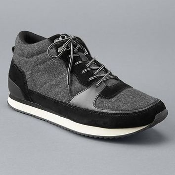 Gap Men Wool Hiking Midtop Sneakers