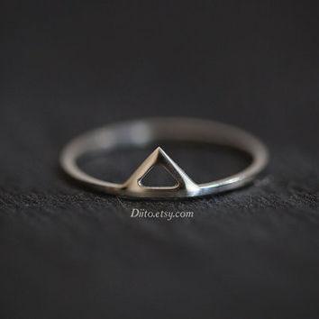 Size 7, Sterling Silver, Handmade Jewelry, Triangle Ring, Thin Rings, Simple Rings, Geometric, Ready To Ship!