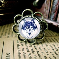 Cute Wolf Design Ring , Antique Brass Ring , Steampunk Ring , Adjustable Ring , with a Gift Box