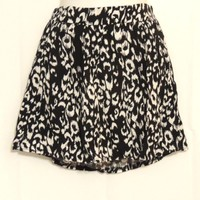 Wet Seal Black and White Skirt Size Small New with tag