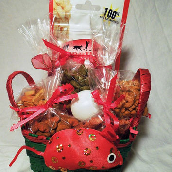Christmas cat or ferret treat basket with toys, custom, gift, holiday,personalize