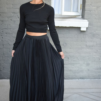 Georgina Pleated Maxi Skirt in Black