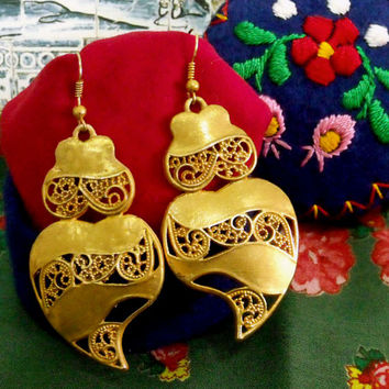 Portuguese folk Viana Heart earrings filigree Portugal gold filigree style dangle jewelry