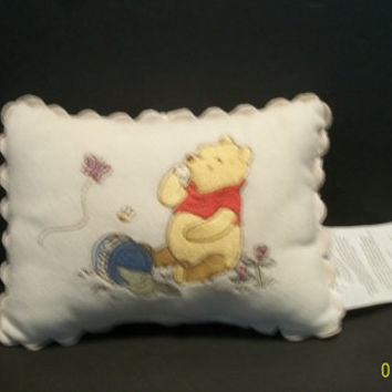 "Winnie The Pooh Vintage Wind Up Musical Pillow Plays Winnie The Pooh Theme 7"" Plush Baby Nursery Egg Shell Colored Plush Pillow With Tag"