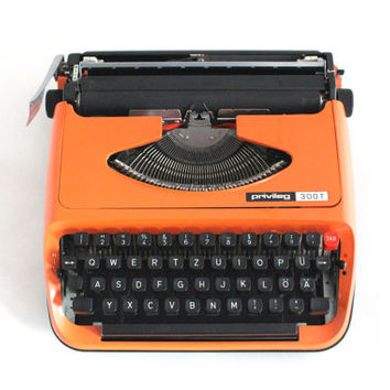 Typewriter Privileg 300T, OrangeTypewriter, Manual Typewriter , Travel Typewriter, Office Home Decor, Working Typewriter,Portable typewriter