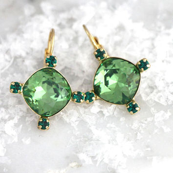 Green Earrings, Emerald Earrings, Bridal Green Earrings, Swarovski Crystal Green Earrings, Bridesmaids Earrings, Gift For Her, Green Studs
