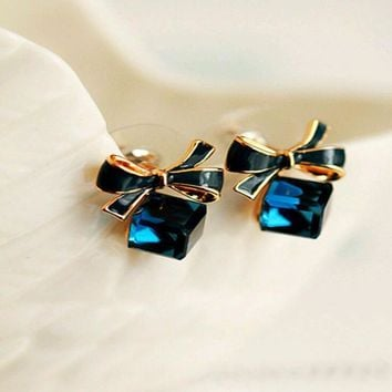 Earrings | Cubic Crystal Stud Earrings