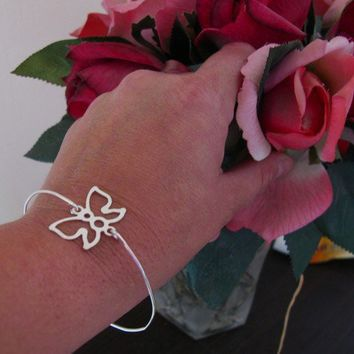 Thin butterfly bangle bracelet in sterling silver, stackable bangle, nature inspired jewelry