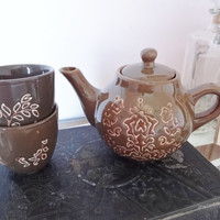 Vintage Brown Ceramic Teapot with 2 cups, vintage Retro or modern, cool design