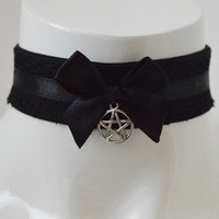 Gothic choker - Black magic kitty - kitten play dark black and collar with pentagram pendant - witch wiccan costume