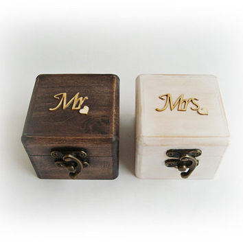 Ring Boxes Set of 2, Mr Mrs Black White, Wooden Ring Box, Bride and Groom box, Wedding ring box, Ring bearer box, Engagement box Ring holder