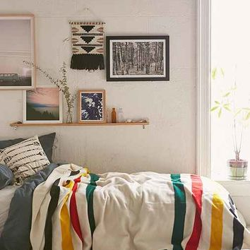 Pendleton glacier park bed blanket from urban outfitters for Bedroom ideas urban outfitters