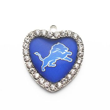 10pcs/lot heart Detroit Lions Dangle Charms Designs Rhinestone Sports Football Pendant Hanging Charms DIY Necklace&Pendant