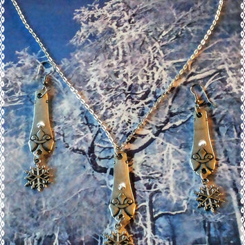 Handmade Christmas winter snowflake  silver spoon pendant and earrings