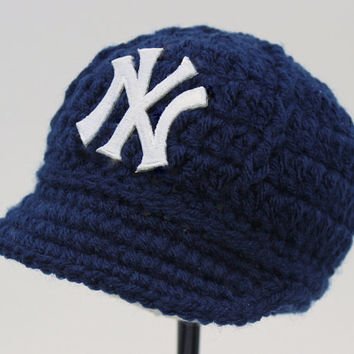 Baby Yankees Cap - Hat - Knitted / Crochet - Baby Gift / Newborn - New York Yankees - Photo Photography Prop - Baseball