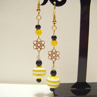 Yellow and black dangle earrings with filigree, yellow and green earrings, beaded dangle earrings, kawaii dangle earrings, gift for her.
