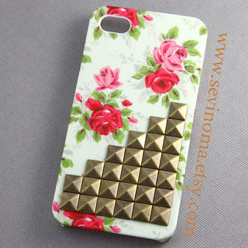 iPhone 4 Case, iPhone 4s Case, antique brass Studded iphone case, White Pink  Flower Rose iPhone 4/4S case, Vintage style