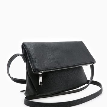 Trapezium messenger bag - MESSENGER BAGS - WOMAN | Stradivarius United Kingdom