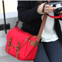 Basic Camera Shoulder Bag