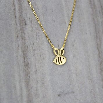 S925 super adorable cute little bee clavicle Pendant Chain