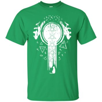 Magic glowing hands on crystal ball wizard and witch art Aquarius Aries Cancer t shirt 3244