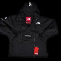 SUPREME X THE NORTH FACE JACKET