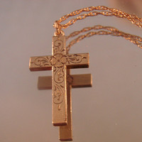 Antique Engraved Cross Pendant * Original 12Kt Gold Filled Chain * Vintage Jewelry * Jewellery