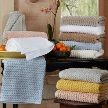 Seville Towels & Mats by Matouk