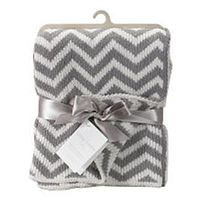 Living Textiles Chevron Knit Blanket - Grey/White