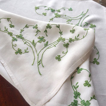 Vintage Tablecloth,St Patrick Day LInen,Embroidered Shamrock Tablecloth,Small Table Cloth,Vintage Irish Table LInens,St. Paddy Day Decor