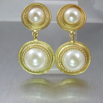 Pearl Dangle Earrings, Vintage Mabe Pearl Double Drop Clip On Earrings. Bridal Wedding Pearl Earrings