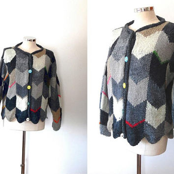 Grey multi coloured chevron cardigan / blue / yellow / pink / orange / red / vintage / 1980s / boho / scallop / slouchy wool cardigan