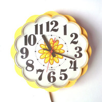 Vintage Timex Yellow Flower Kitchen Clock