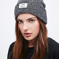 Reason Speckled Basic Beanie in Charcoal - Urban Outfitters