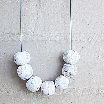 NL-219 White and Black Marble Vein Pattern Polymer Clay Cube Beads Necklace in Length Adjustable Blue Grey Colour Leather Cord