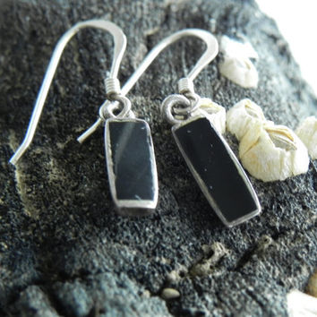 Vintage Sterling Silver and Black Onyx Earrings // Small Black Earrings