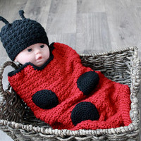 Baby Lady Bug Crochet Cocoon, Baby Swaddle Sack, Cocoon, Red and Black Lady Bug, Baby Photo Prop