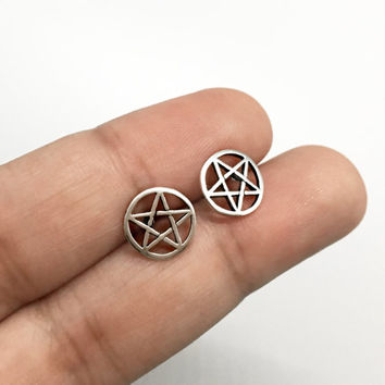 925 Sterling Silver Pentagram Stud Earrings, Star Earrings, Wiccan Earrings, Wiccan Jewelry, Gothic Pentagram earrings, Pagan Stud Earrings