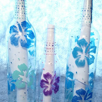 Hawaiian Themed Wine Bottles, Painted Wine Bottles, Painted Flower Bottles, Home Decor, Party Decor, Glass Centerpieces, Hawaiian Decoration