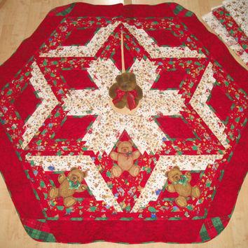 Applique Christmas Tree Skirt Quilt  -  Teddy Applique  - 119