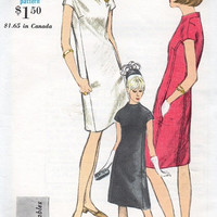 Vogue 60s Sewing Pattern Mad Men Style Retro Mod Casual Day Dress High Standing Collar A-line Cap Sleeve Dress Bust 34