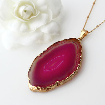 Pink Geode sliced Pendant, Fushia Pink Raw Agate Slice, Agate Druzy, 14k Gold Filled Necklace, Dark Pink, Statement Necklace